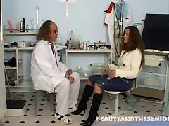 Doctor and his sexy teen patient fuck in the exam room