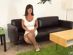 Exciting session with Lisa Ann and her most favorite sex toy