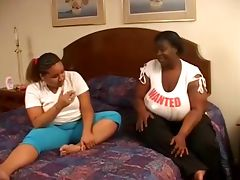 interracial bbw lesbian in action in bedroom