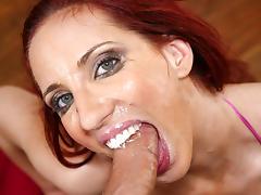 Troated Video: Kelly Divine