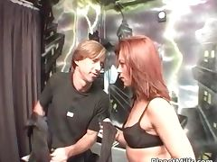 Red head slut gave some guy great head