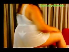 Video gordita posando
