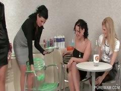 WAM foursome with creamy lesbians