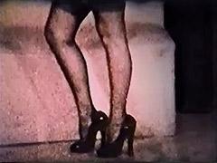 Vixen Lady Exposes Her Body 1950