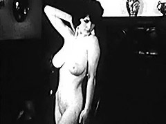 Busty MILF Shows Her Filthy Body 1950