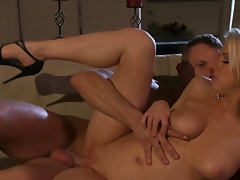 Carolyn Reese and India Summer is fucking like crazy
