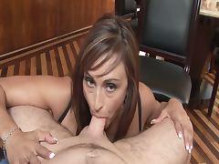 Claudia valentine sucks on her knees