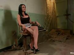 Ashli Ames allows Bobbi Starr to drill her vag with a strapon in BDSM clip
