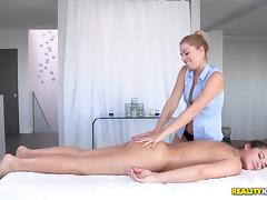 WeLiveTogether - Beautiful booty