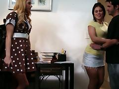 Brunette Babe Brooklyn Lee Fucking Her Stepdaughters Friend