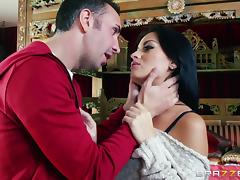 Kianna Dior and Nadia Capri gets pleased by tireless Keiran Lee