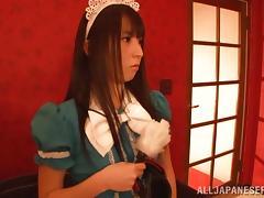 Japanese hottie is masturbated while wearing blindfolds