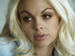 Jesse Jane sucks a boner and takes a breath-taking ride on it